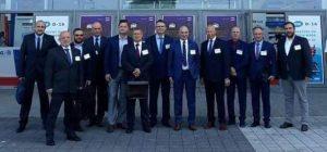 Wśród ekspertów w dziedzinie bezpieczeństwa - członków Fundacji Stratpoints, m.in. gen. rez. M. Różańskim, byłym Dowódcą Generalnym Rodzajów Sił Zbrojnych. Fot. Stratpoints